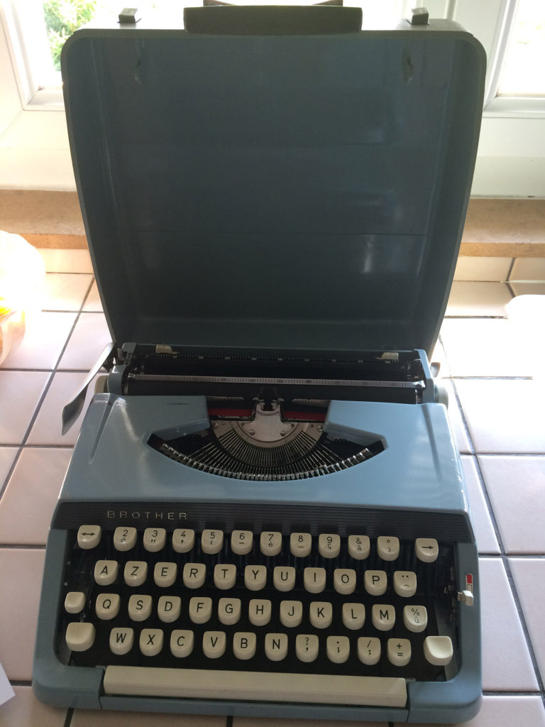 Machine à écrire brother Jp-1
