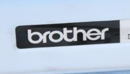 logo brother - machine à écrire
