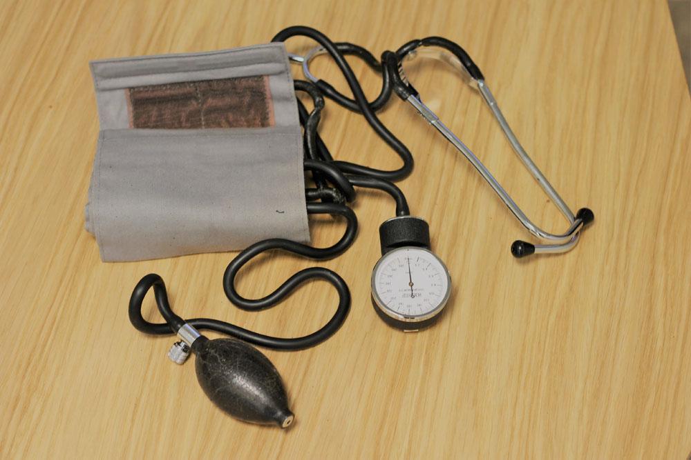 sphygmomanomètre-tensiomètre