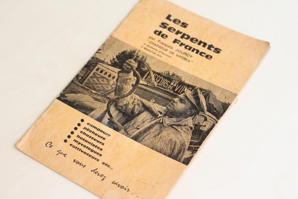 Le guide des serpents – François JOURDY le chasseur de vipères