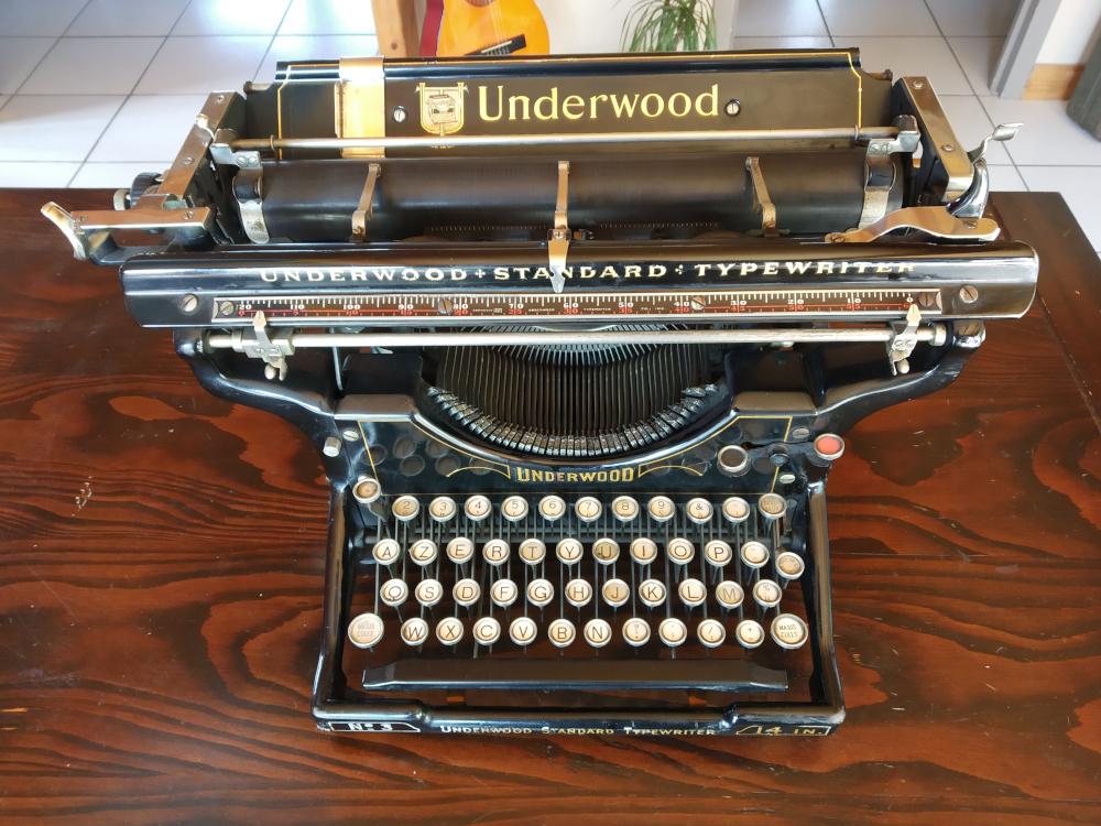 Machine à écrire Underwood n°3 - Chariot 14 pouces